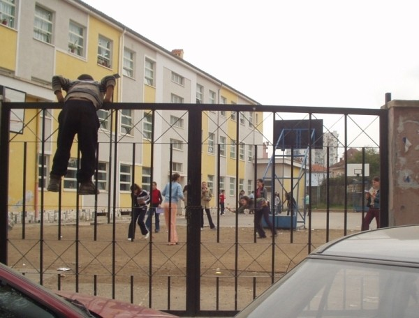 Entering or escaping? A school in Tirana. Photo: Bjoern Andersen, 2004