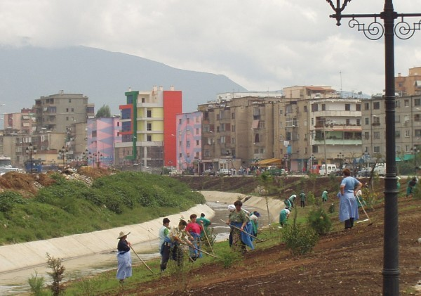 Cultivating the river banks. Tirana. Photo: Bjoern Andersen, 2005