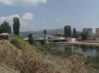 Ibar-floden. Still fra Forsvarets TV's Kosovo-udsendelse September 2005