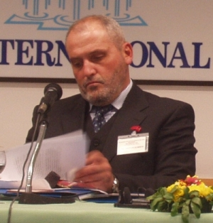Veton Surroi, foto: Bj�rn Andersen, 2003